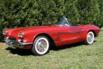 1961 CHEVROLET CORVETTE CONVERTIBLE - Front 3/4 - 49378