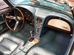1965 CHEVROLET CORVETTE CONVERTIBLE - Interior - 74998