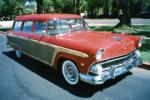 1955 FORD COUNTRY SQUIRE STATION WAGON - Front 3/4 - 81866