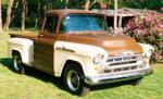 1957 CHEVROLET 3100 PICKUP - Front 3/4 - 88912
