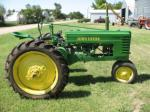 1946 JOHN DEERE H TRACTOR - Side Profile - 93472